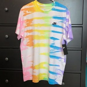 Hand Tie Dyed Men's Nike T-shirt - Size Large
